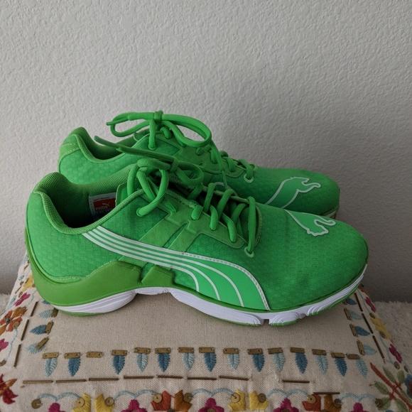 b82d8d07fe98 Kelly Green Puma Sneakers. M 5b92d2b72beb791c7ef5350f